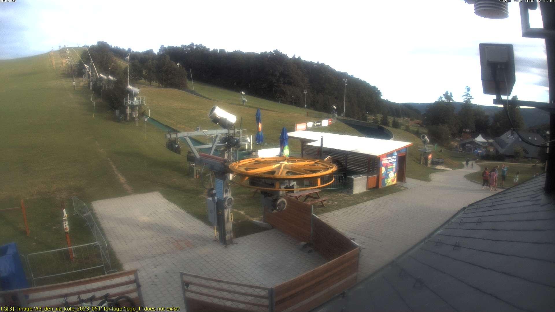 Snímek z webkamery na sjezdovce v HEIPARKU Tošovice